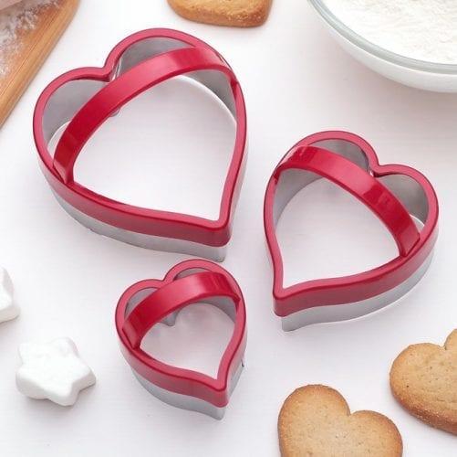 """Набор форм для печенья с ручкой """"Сердца"""" 3шт"""